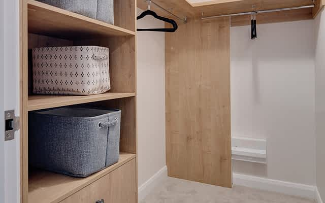 delamere walk-in wardrobe